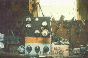 'Bell' transmitter c.1964 - photo by Bill Gearing ZL4KB (35mm slide).